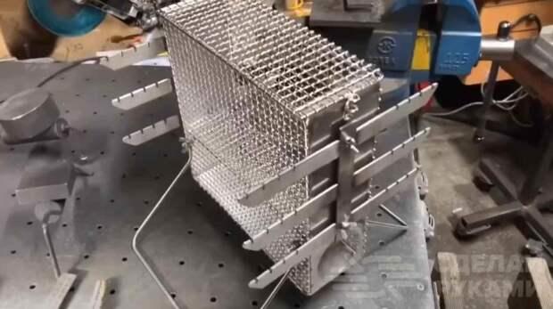Гриль-мангал, который будет как нельзя кстати в походе и на даче