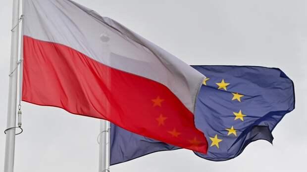 """Польша пожаловалась на объявленную ей Евросоюзом """"войну"""""""