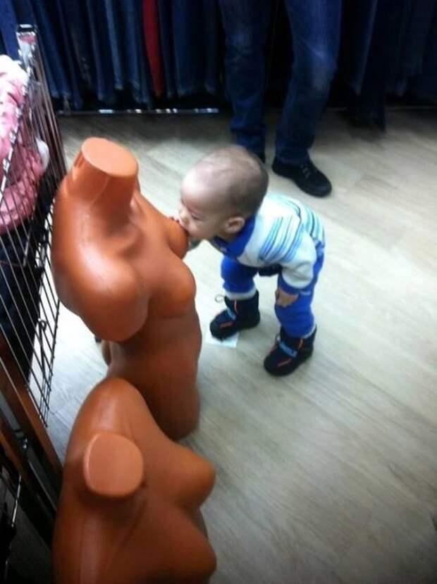 Приобретаются привычки обычно с раннего детства. привычки, прикол, юмор