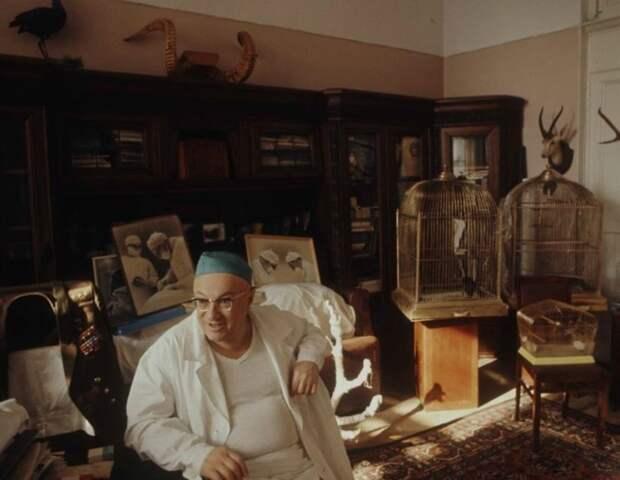 Один из выдающихся советских нейрохирургов. Москва, 1970-е годы.