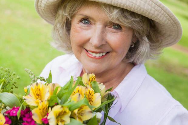 9 лучших подарков для женщины-садовода