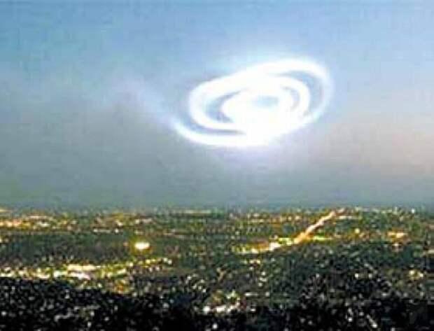 Спираль над Австралией появилась через год после норвежского «светового шоу»