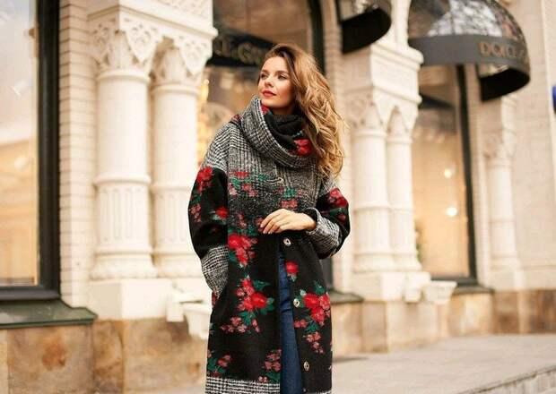 Разноцветные пальто в тренде: стильные образы на весну 2021