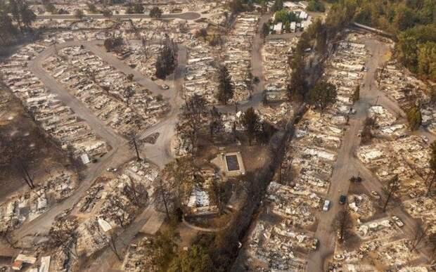 Сгоревшие города, десятки жертв: на западе США продолжаются страшные пожары