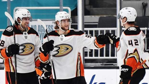 Молодой чемпион НХЛ раскрылся в некогда русофобской команде. Волков забил уже 4 шайбы за «Анахайм»