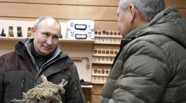 Зачем нужна «бутафория» с вакцинацией Владимира Путина? Кремль сдал сам себя