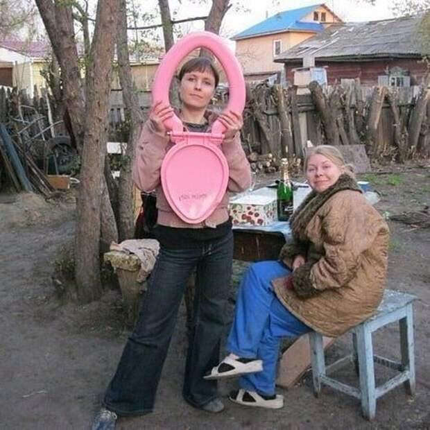 Стол накрыть дача, дачница, девушки, деревня, колхозница, юмор