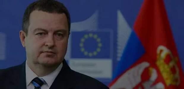В Сербии надеются, что Путин приедет к ним с танками и ракетами