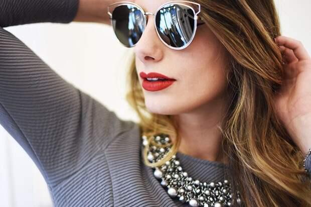Стильные женственные очки