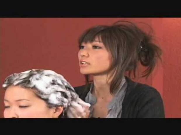 Японская реклама шампуня против выпадения волос.