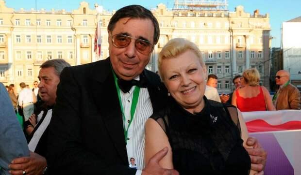 «17 отнятых ими квартир»: известный продюсер разоблачил Дрожжину и Цивина