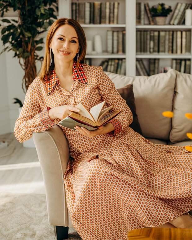 Ирина Безрукова выпустила книгу мемуаров