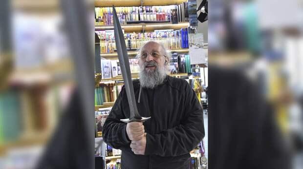 «Зарезать можно и сигаретным фильтром»: Вассерман не откажется от идеи легализации оружия после трагедии в Перми