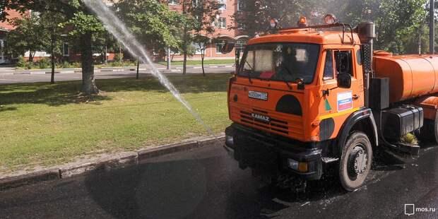 В Бутырском началась борьба с жарой
