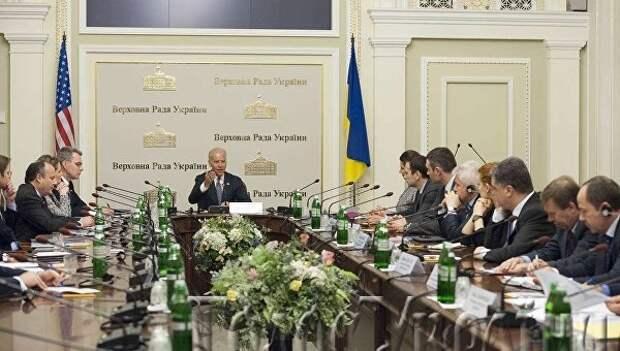 Бывший «дежурный по Украине» снова в деле