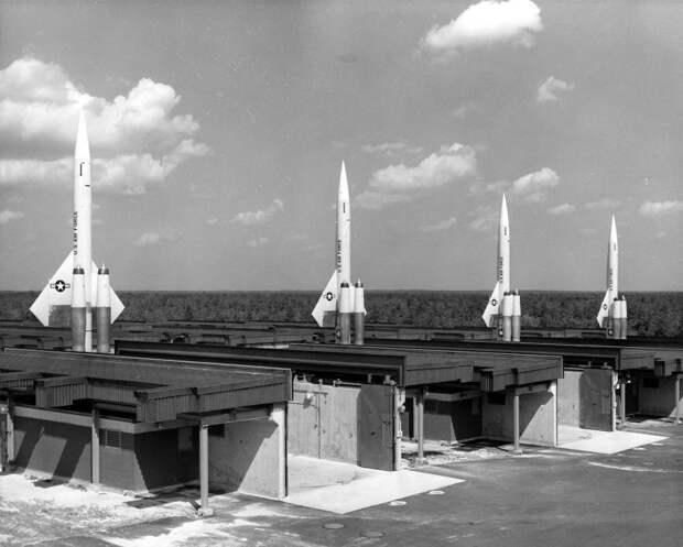 Американский зенитный ракетный комплекс сверхбольшой дальности CIM-10 «Бомарк»