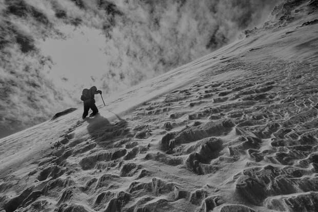 Истории о Черном Альпинисте