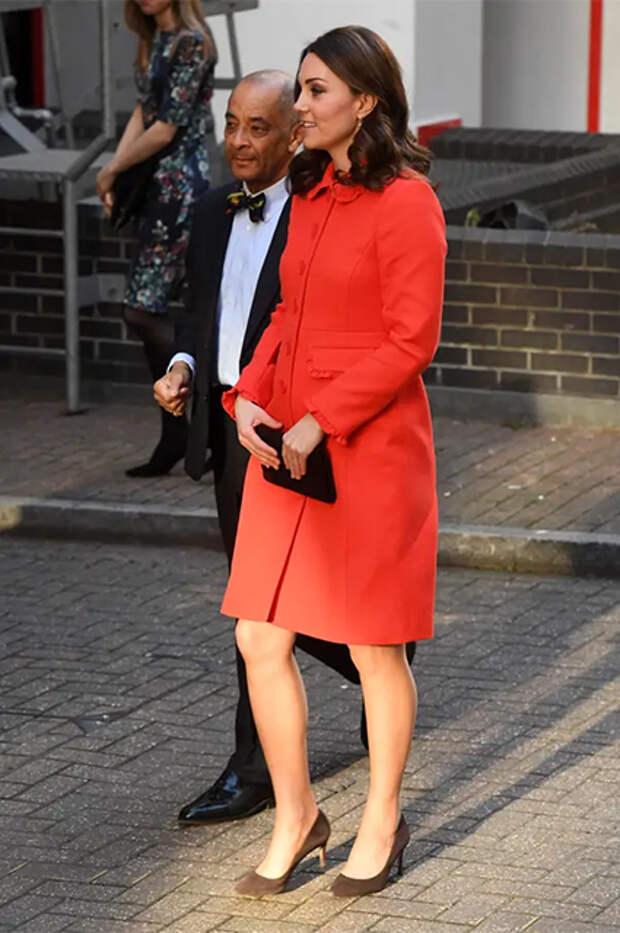 Кейт Миддлтон в пальто Boden в 2018 году