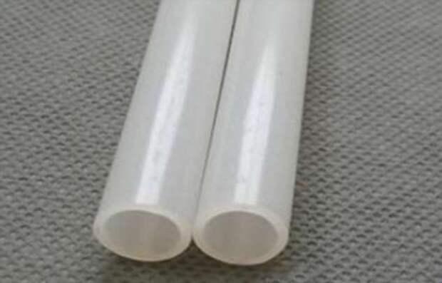 Как легко соединить одинаковые по диаметру трубы без использования переходников или муфты