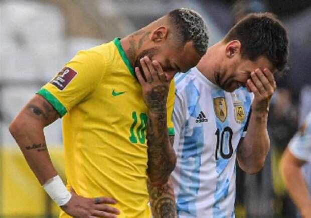 ЧЕРВИЧЕНКО: Чтобы так странно задерживать игроков во время матча в Бразилии, нужна конкретная цель. И она была одна - засчитать поражение Аргентине