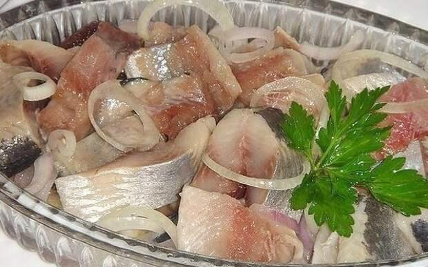 Маринады для селедки: выбирай лучший рецепт!
