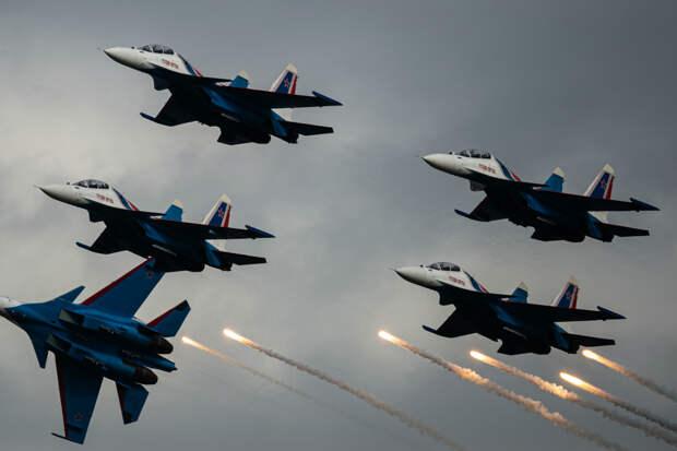 Многоликий: The National Interest высоко оценил истребитель Су-30