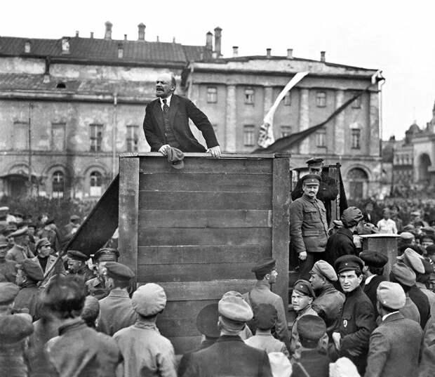 Театральная площадь 1920/2017 время, история, люди, прошлое, революция, событие
