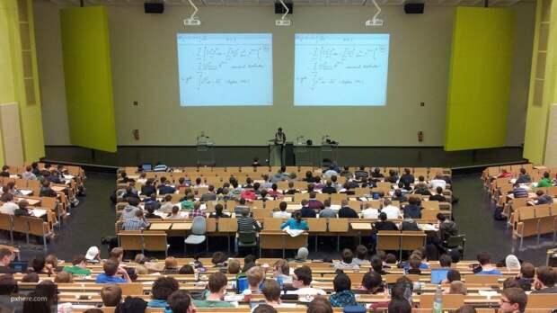 Минобрнауки оценило вероятность перехода российских вузов на бюджетное образование