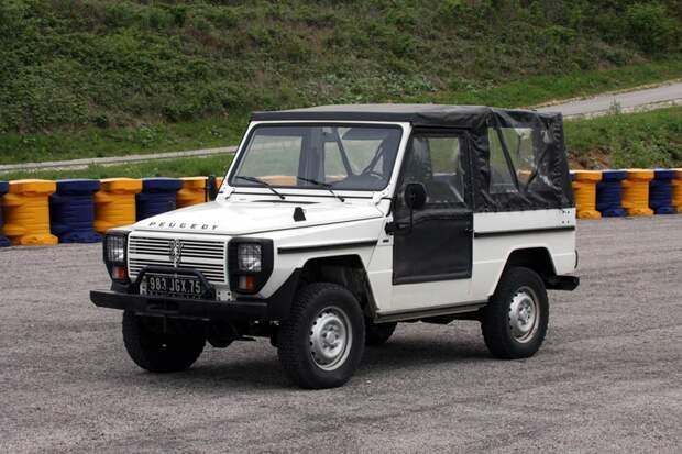 ТОП-3 машин-близнецов: самые уникальные двойники за историю автомобилестроения
