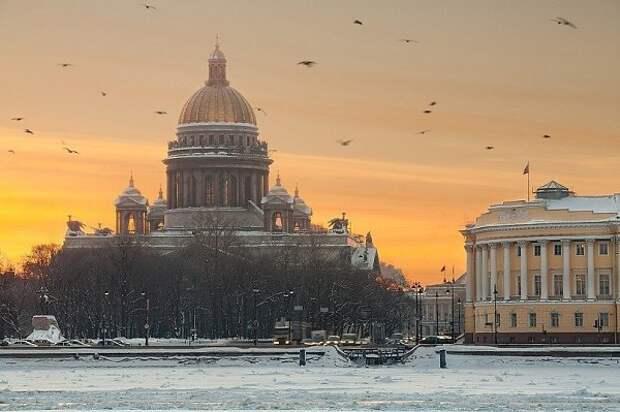 Петербург вошел в топ-3 лучших городов для построения карьеры