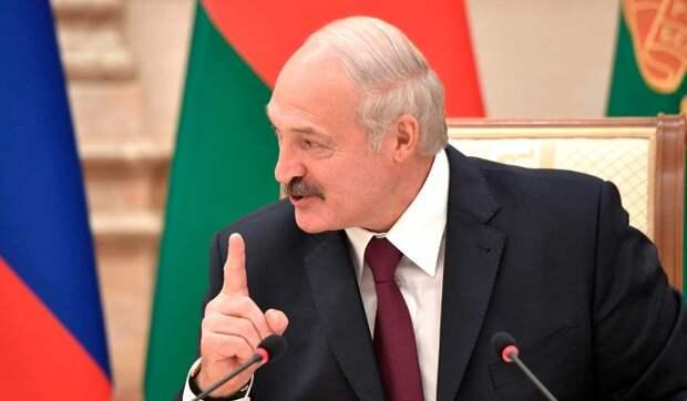 Лукашенко незаконно удерживает власть десятилетиями – эксперт