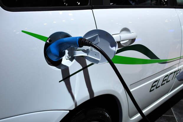 Ростех оборудует федеральные трассы «Дон» и «Кавказ» зарядками для электромобилей