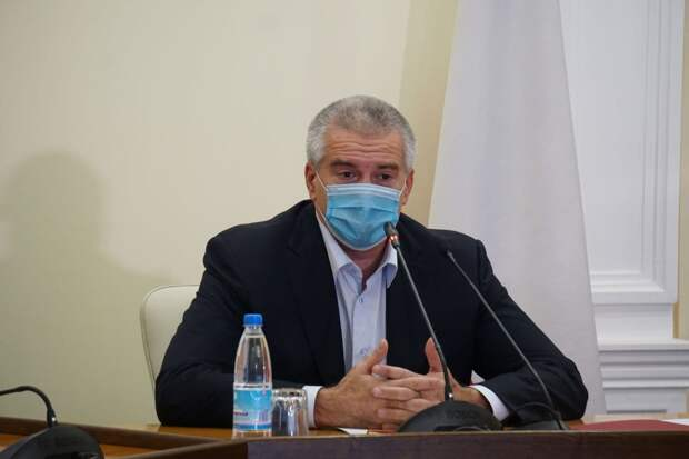Аксёнов посоветовал крымчанам не читать украинские СМИ