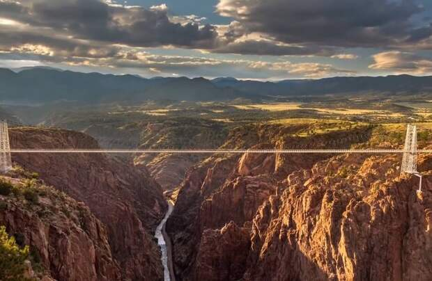 Видео: Ройал-Гордж и еще 10 мостов, от которых душа уходит в пятки