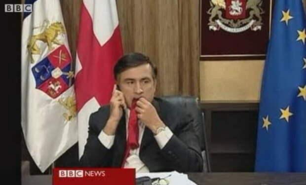 Вкус галстука Саакашвили во рту президента Украины. Россия сказала своё слово