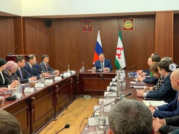 По семейным обстоятельствам: вслед за премьером Ингушетии, в отставку подало правительство региона