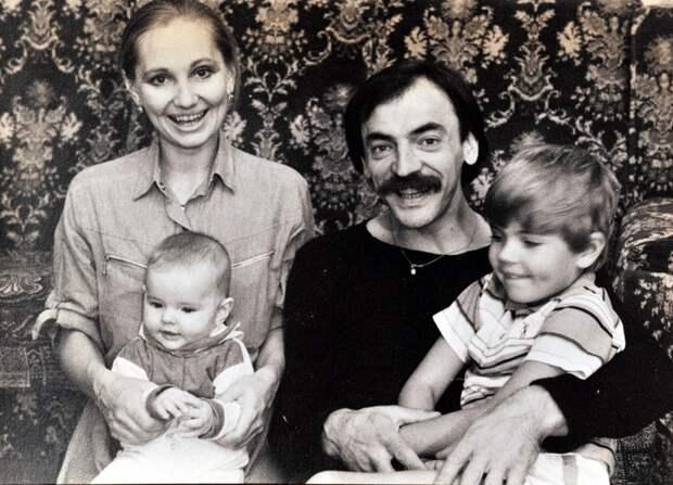 «Только мы знаем, какой он дома»: Елизавета Боярская рассказала о характере и привычках отца