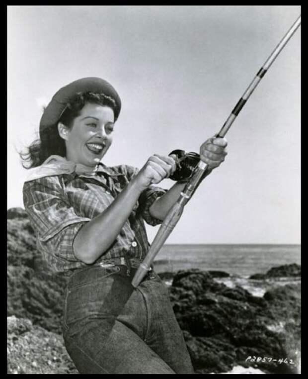 Гэйл Расселл на рыбарке.