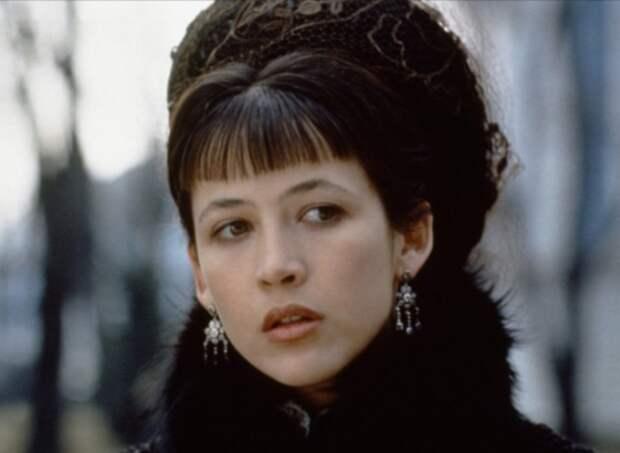 Софи Марсо в роли Анны Карениной | Фото: kino-expert.info