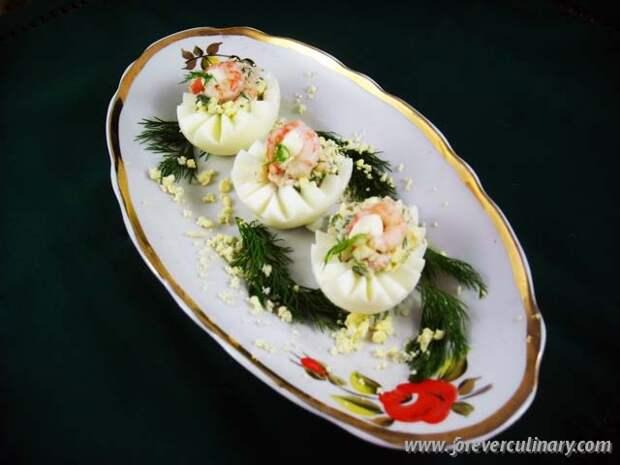 Яйца фаршированные с креветками /// Красотища,вкуснотища =)