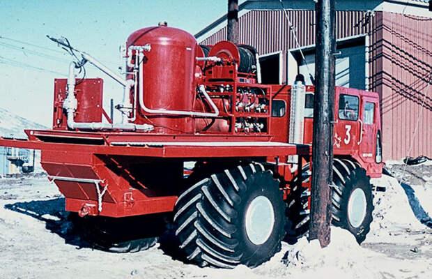 Антарктическая пожарная машина
