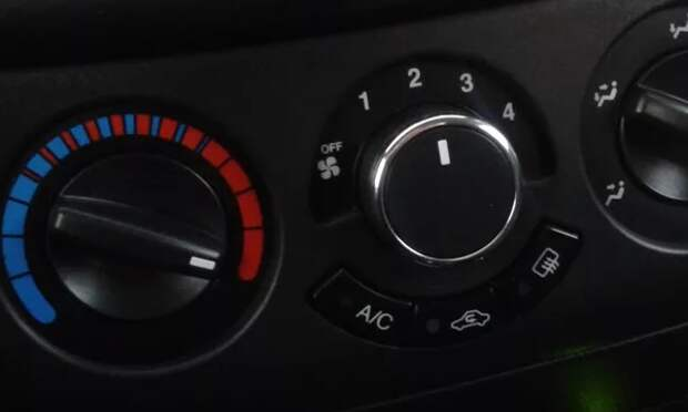 Что вызывает замедление работы вентилятора кондиционера