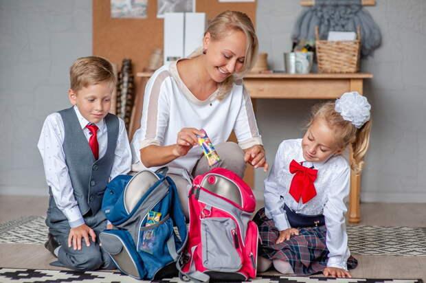 В ПФР рассказали о причинах отказа в школьной выплате 10 000 рублей