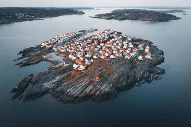 Дома на острове