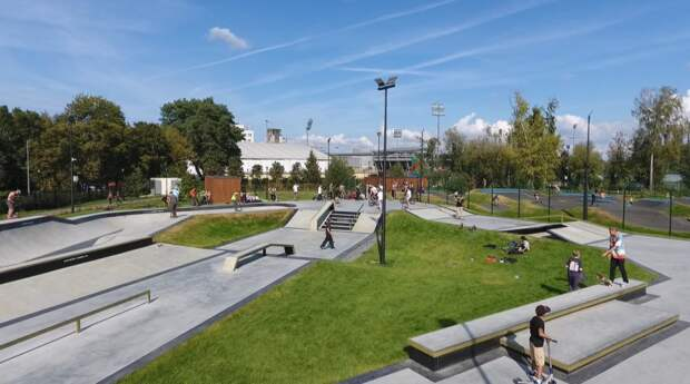 Скейт-парки, футбольные поля, теннисные корты и стадион для регби: Наталья Сергунина рассказала о спортивных парках Москвы