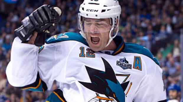 Патрик Марло повторил рекорд Горди Хоу по числу матчей в НХЛ
