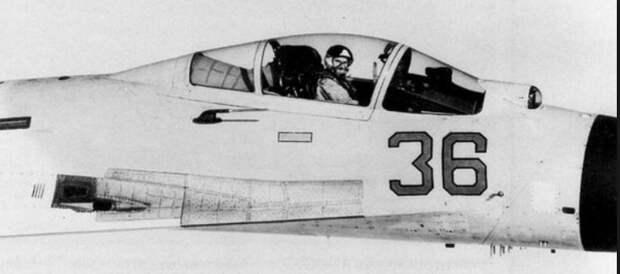 Василий Цымбал: как советский лётчик-хулиган издевался над пилотами НАТО