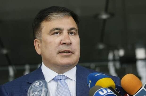 Саакашвили сообщил, что взял билет на рейс до Тбилиси