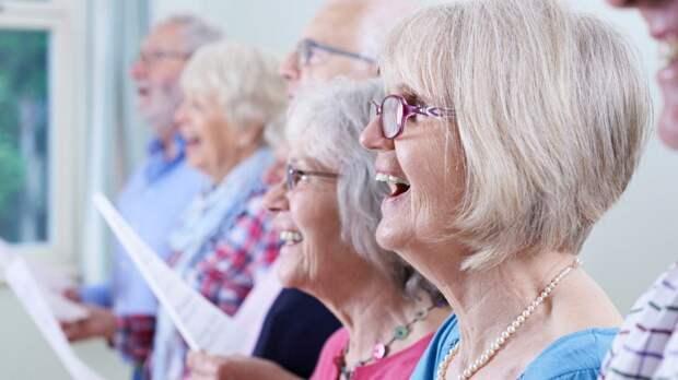 ПФР разъяснил, кто имеет дополнительные права на досрочную пенсию