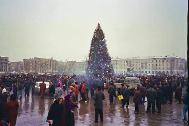 Елка в Грозном, 1997